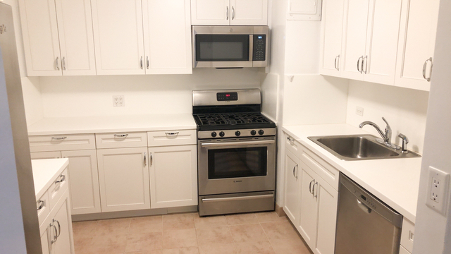 2 Bedrooms, Upper East Side Rental in NYC for $12,604 - Photo 1