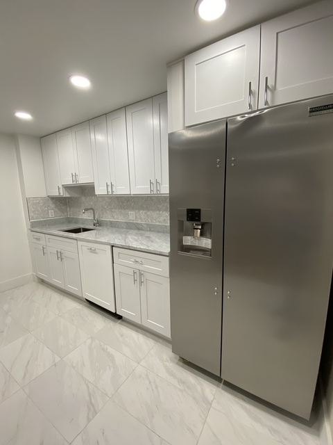 1 Bedroom, Yorkville Rental in NYC for $4,354 - Photo 1