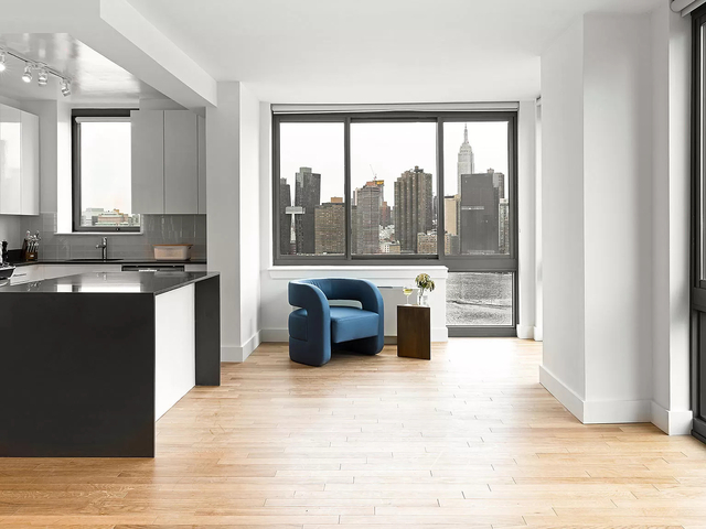 1 Bedroom, Hunters Point Rental in NYC for $3,442 - Photo 1