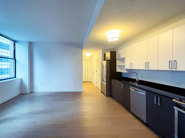 2 Bedrooms, Financial District Rental in NYC for $6,850 - Photo 1