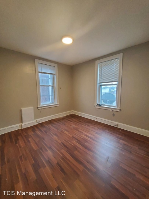 2 Bedrooms, Carroll Park Rental in Lower Merion, PA for $900 - Photo 1