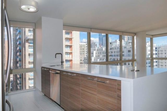2 Bedrooms, Yorkville Rental in NYC for $6,900 - Photo 1
