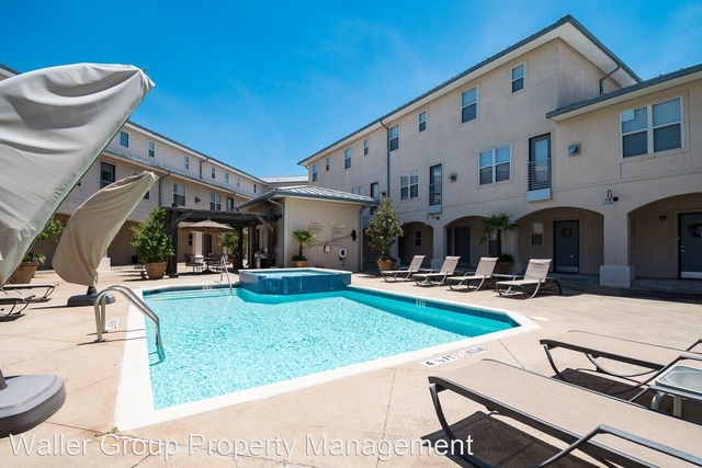 2 Bedrooms, North Oaklawn Rental in Dallas for $2,099 - Photo 1