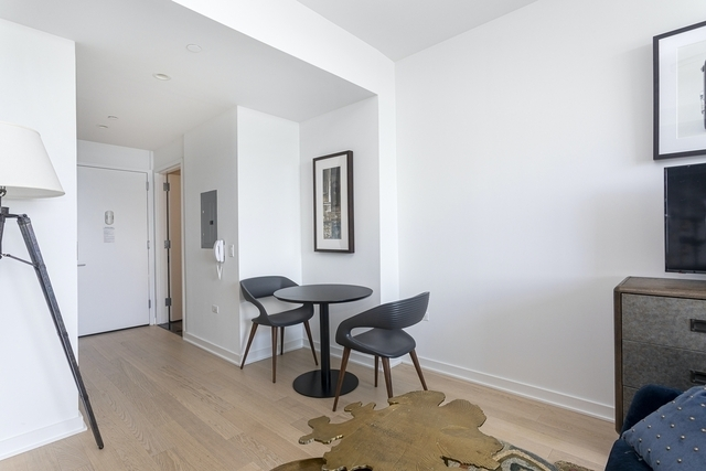 Studio, Hell's Kitchen Rental in NYC for $3,512 - Photo 1