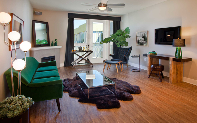 2 Bedrooms, NoHo Arts District Rental in Los Angeles, CA for $3,261 - Photo 1