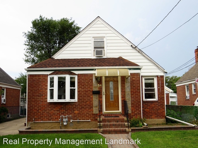 3 Bedrooms, Valley Stream Rental in Long Island, NY for $3,500 - Photo 1