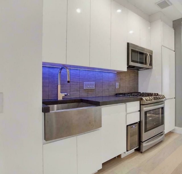 1 Bedroom, Lower East Side Rental in NYC for $3,395 - Photo 1