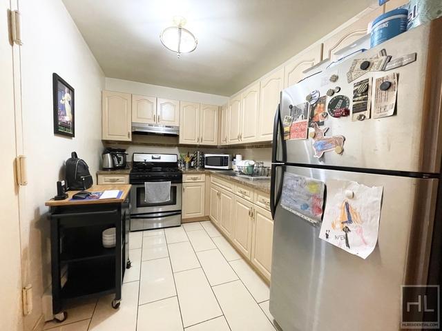 2 Bedrooms, Astoria Rental in NYC for $2,399 - Photo 1