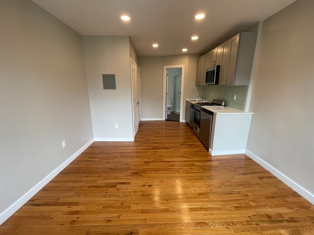 Studio, East Village Rental in NYC for $1,931 - Photo 1