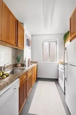 2 Bedrooms, Stuyvesant Town - Peter Cooper Village Rental in NYC for $3,922 - Photo 1