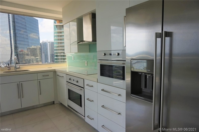 2 Bedrooms, Millionaire's Row Rental in Miami, FL for $4,500 - Photo 1