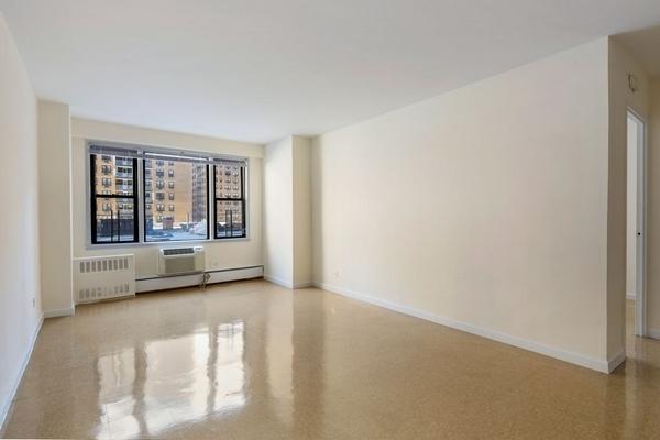 1 Bedroom, LeFrak City Rental in NYC for $1,892 - Photo 1