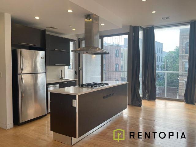 2 Bedrooms, Greenpoint Rental in NYC for $6,700 - Photo 1