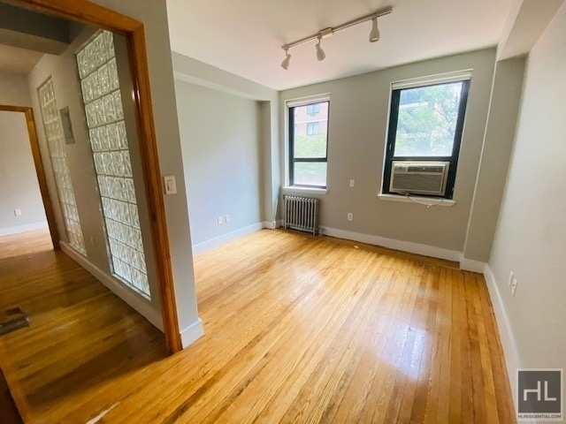 2 Bedrooms, Greenwich Village Rental in NYC for $4,250 - Photo 1