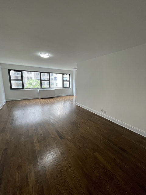 Studio, Sutton Place Rental in NYC for $2,907 - Photo 1
