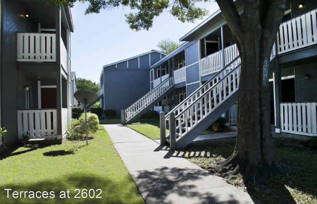 2 Bedrooms, Texas City-League City Rental in Houston for $925 - Photo 1