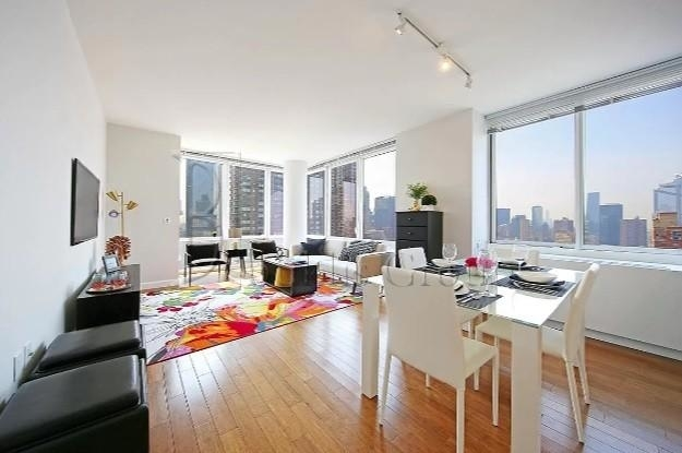 2 Bedrooms, Lincoln Square Rental in NYC for $8,724 - Photo 1