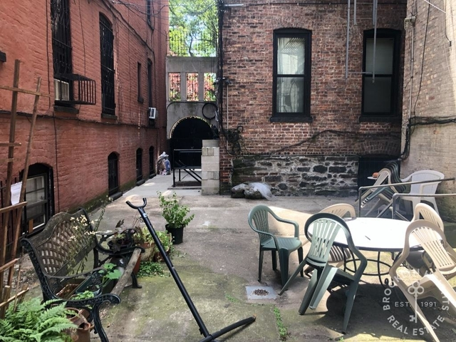 3 Bedrooms, Cobble Hill Rental in NYC for $3,750 - Photo 1