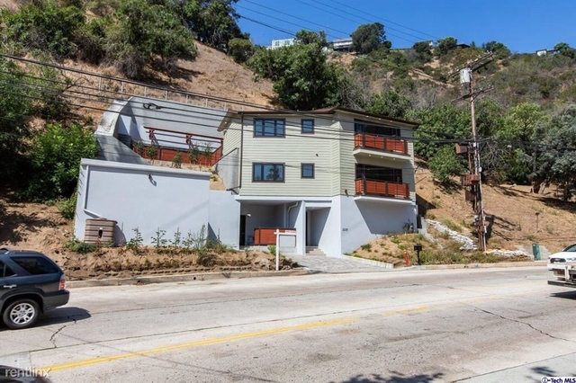 3 Bedrooms, Bel Air-Beverly Crest Rental in Los Angeles, CA for $8,000 - Photo 1
