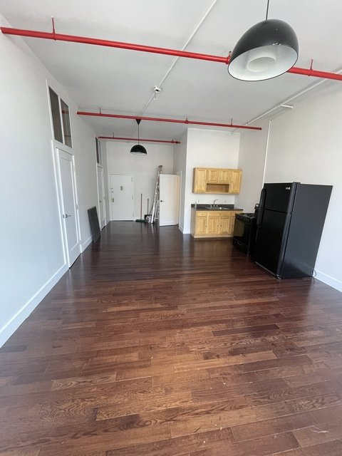 3 Bedrooms, East Williamsburg Rental in NYC for $4,098 - Photo 1