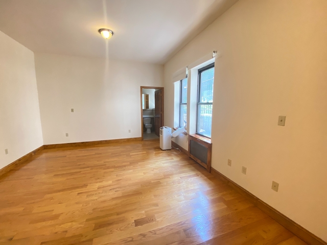 Studio, Upper West Side Rental in NYC for $2,016 - Photo 1