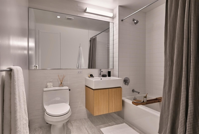 2 Bedrooms, Astoria Rental in NYC for $3,690 - Photo 1