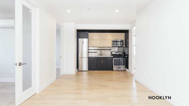 4 Bedrooms, Ridgewood Rental in NYC for $3,390 - Photo 1