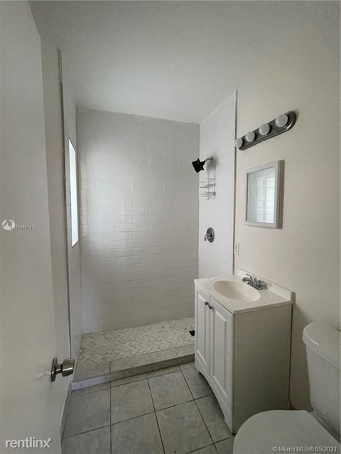 2 Bedrooms, Coral Way Rental in Miami, FL for $2,350 - Photo 1
