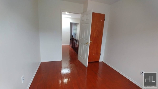 3 Bedrooms, Briarwood Rental in NYC for $2,800 - Photo 1