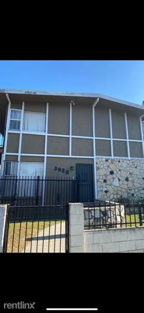 2 Bedrooms, Inglewood Rental in Los Angeles, CA for $2,050 - Photo 1