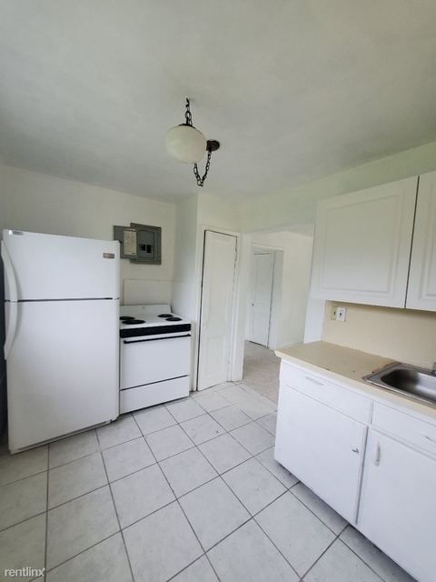 1 Bedroom, Little San Juan Rental in Miami, FL for $1,100 - Photo 1