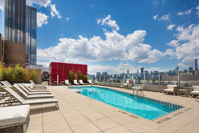 1 Bedroom, Long Island City Rental in NYC for $4,000 - Photo 1