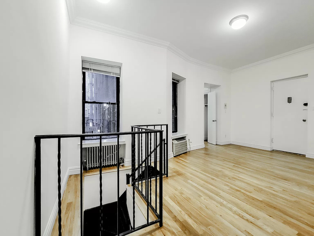 3 Bedrooms, Sutton Place Rental in NYC for $3,500 - Photo 1