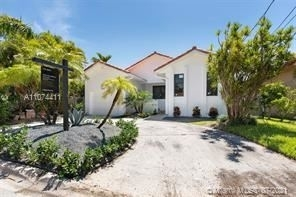 4 Bedrooms, Normandy Beach Rental in Miami, FL for $6,250 - Photo 1