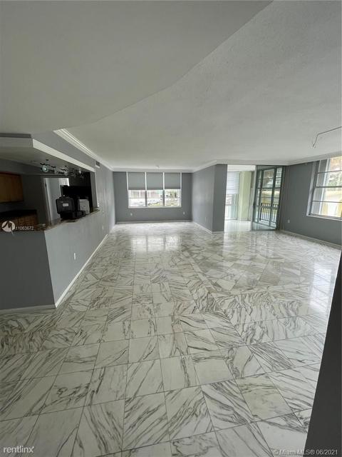 3 Bedrooms, Oceanfront Rental in Miami, FL for $3,300 - Photo 1