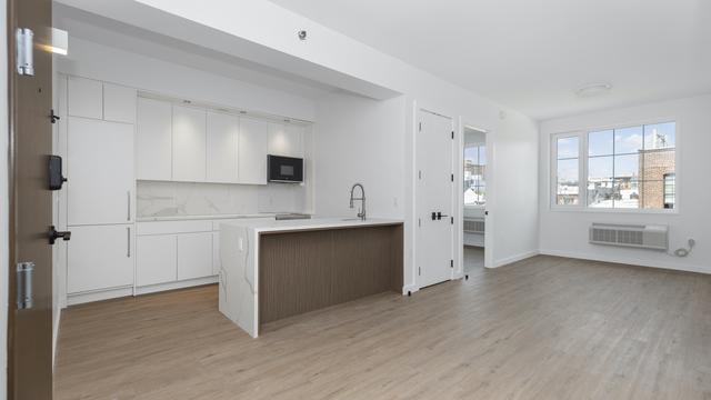 2 Bedrooms, Mott Haven Rental in NYC for $2,979 - Photo 1