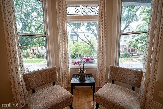 3 Bedrooms, Roscoe Village Rental in Chicago, IL for $4,500 - Photo 1