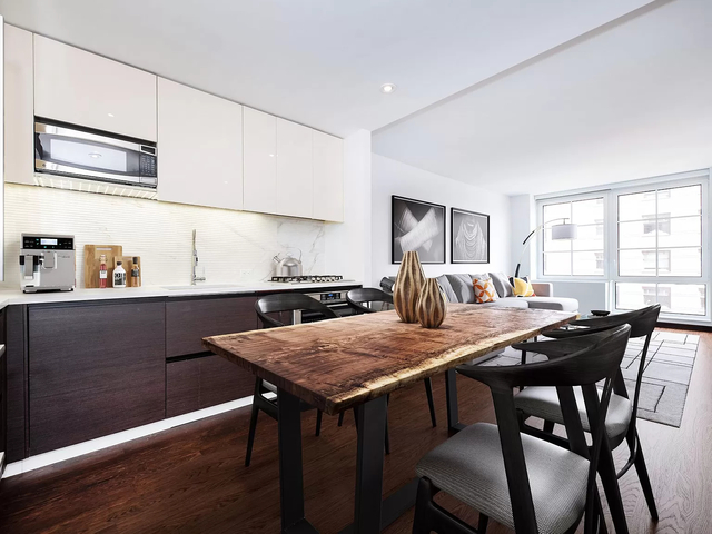 3 Bedrooms, Greenwich Village Rental in NYC for $10,995 - Photo 1