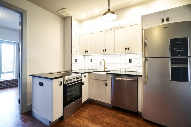 3 Bedrooms, Bedford-Stuyvesant Rental in NYC for $3,248 - Photo 1