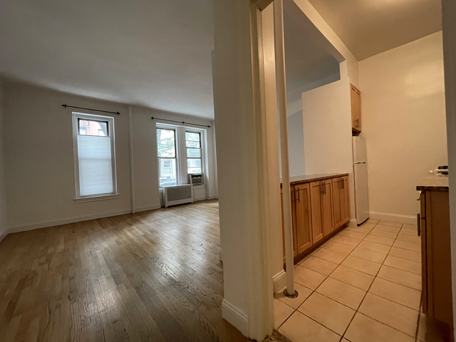 Studio, Chatham Rental in Chicago, IL for $2,200 - Photo 1