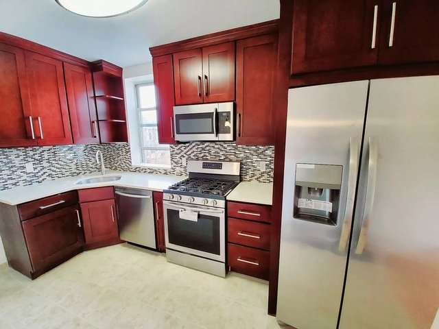 2 Bedrooms, Sunset Park Rental in NYC for $2,050 - Photo 1