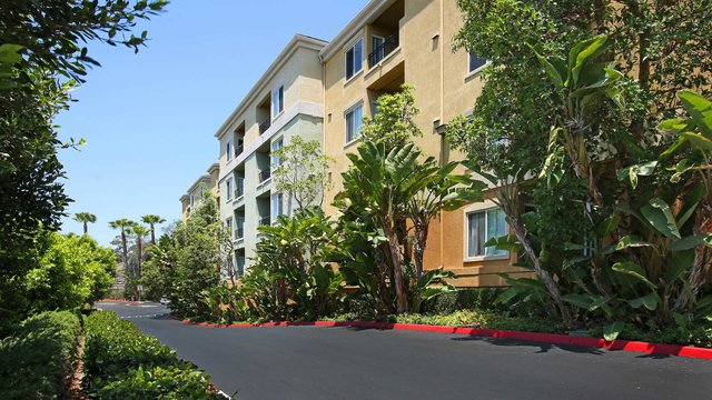 1 Bedroom, Traffic Circle Rental in Los Angeles, CA for $2,486 - Photo 1