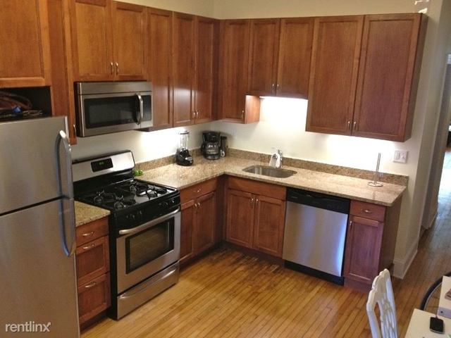 3 Bedrooms, Old Town Triangle Rental in Chicago, IL for $3,150 - Photo 1