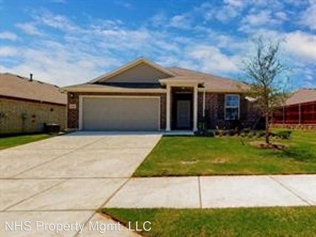3 Bedrooms, Fort Worth Rental in Dallas for $1,995 - Photo 1