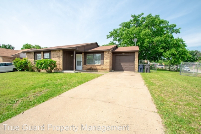 3 Bedrooms, Parkwood East Rental in Dallas for $1,250 - Photo 1