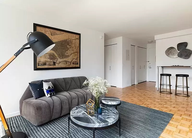 5 Bedrooms, Financial District Rental in NYC for $8,395 - Photo 1