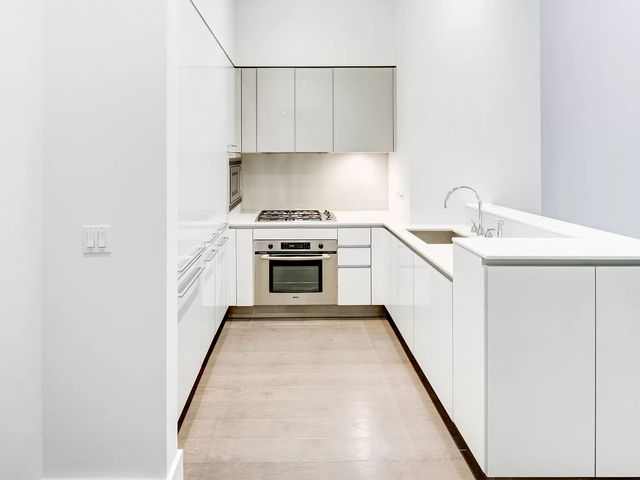 1 Bedroom, Financial District Rental in NYC for $5,770 - Photo 1