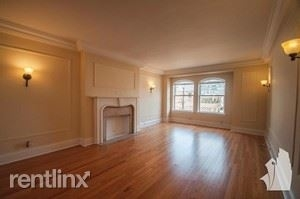 1 Bedroom, Gold Coast Rental in Chicago, IL for $1,880 - Photo 1