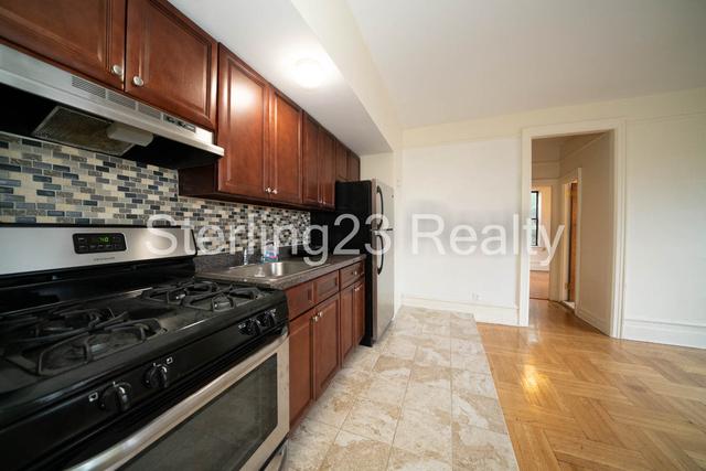 3 Bedrooms, Astoria Rental in NYC for $2,450 - Photo 1