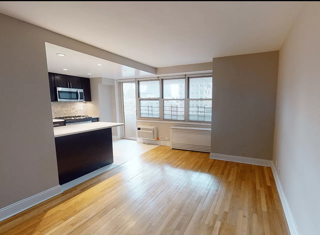 2 Bedrooms, Tribeca Rental in NYC for $5,954 - Photo 1